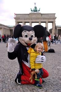 Raffie and Monkey meet Mickey.